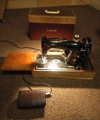 singer sewing machine 99k 1957 # EM336052 Working, with case, foot pedal