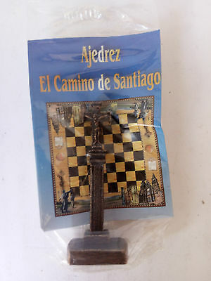 Iron Cross Metal Figurine (Ajedrez El Camino de Santiago Chess) Cruz de Hierro