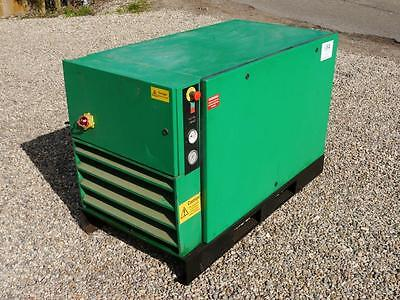 Used Avelair 125cfm 400 volt 3 phase 30kva rotary screw compressor. Year 2001