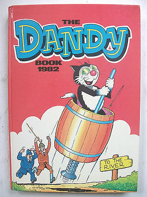 DANDY BOOK (Vintage From 1982) **High Grade**