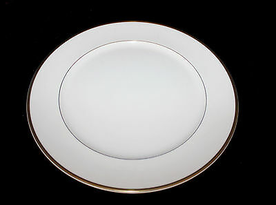 """Royal Doulton Romance Collection Heather Gold & White Pattern Charger 12"""" Plate"""