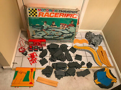 Old Vtg Ideal MOTORIZED CHAMPION RACERIFIC Toy Race Track Plastic Original Box