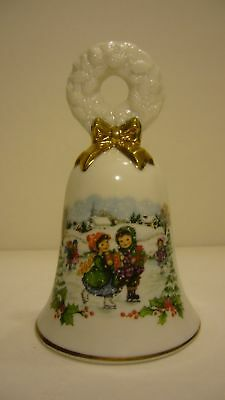 AVON  Fine Collectibles Christmas Bell     NEW