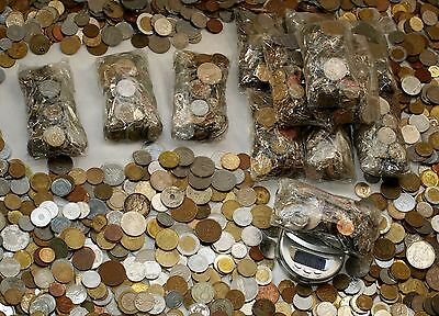 1 Lb (one pound) World coin lot (between 100 - 130 Foreign coins) 450g