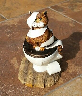 """Comic & Curious Cats """"All Tied Up"""" Linda Jane Smith Figurine"""