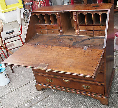 Antique Oak Bureau.