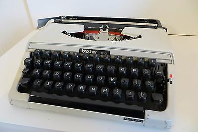 Brother 210 Typewriter Made In Japan Portable  Vintage Retro Carry Case Stylish