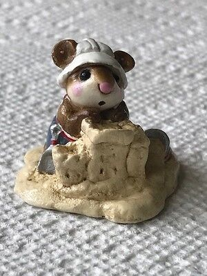 Wee Forest Folk M-076 Beach Mousey