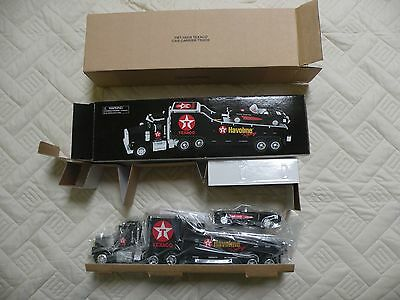 1999 Texaco Car Carrier Truck & Car Credit Card Edition 4th in Series New In Box