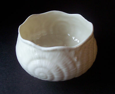 Vintage Belleek Irish Porcelain Toy Shell Sugar Bowl
