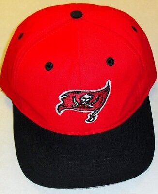 a1875faca Tampa Bay Buccaneers Vintage Snapback hat 90s Brand New! NFL Made by Logo 7