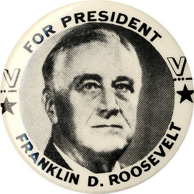Classic 1944 Franklin Roosevelt WWII Victory V 4th Term Reelection Button (1854)
