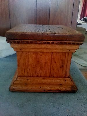 X large Antique Architectural Oak Wood Stairwell Staircase Post Cap Finial