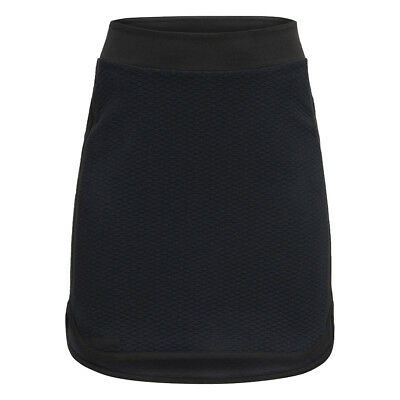 Peak Performance Flattering Quilted Skirt with Curved Hem