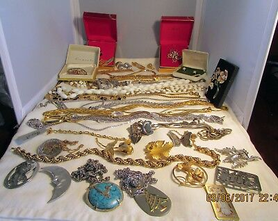 Lot Of Vintage Signed Jewelry: Monet, Giovanni, Etc. Less Than $3.00 Each Piece