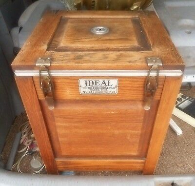 Toledo Ideal Cooker, Oak in Excellent Condition & compleat