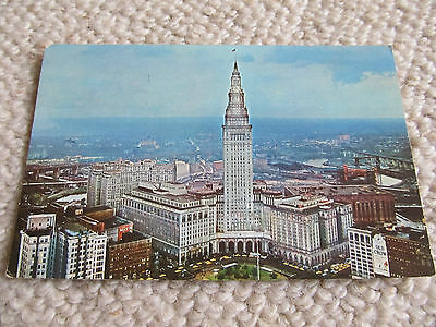 1966 US Postcard K-21 Public Square and Terminal Tower Cleveland OHIO used