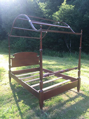 1930s Beautiful Antique Vintage Canopy Bed
