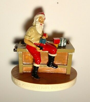 Vintage 2006 Sebastian Miniature #4928 Final Preparations for Christmas Santa