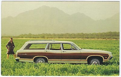 """1970 Ford TORINO SQUIRE """"Woodie"""" Station Wagon Dealer Promo Postcard Unused VG+"""