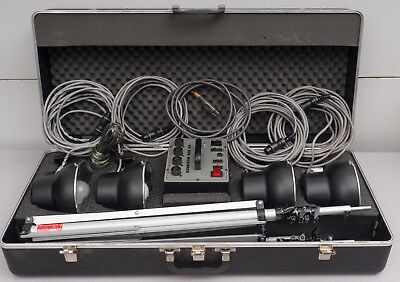 Novatron 600 VR Photo Lighting Kit 4 Heads, 2 Umbrellas, 2 Stands, Hard Case