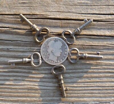 Five Small Antique Solid Shaft Keys  Needs a Little One?  Ll@@K