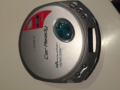 VINTAGE SONY PORTABLE CD WALKMAN high End SONY WALKMAN plays CDRW great Sound