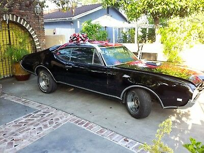 """1968 Oldsmobile Cutlass """"s"""" 2Dr Holiday Coupe"""