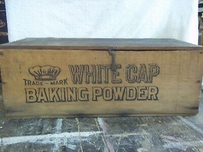 HEEKINS SPICE CO. -- WHITE CAP BAKING POWDER -- WOOD CRATE -- HELD 72 4 oz. CANS