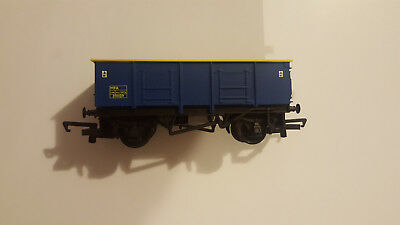 hornby mineral wagon like new.
