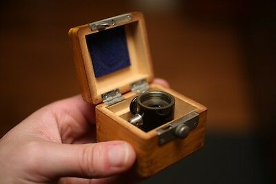 RARE Vintage Early Carl Zeiss Vertical Illuminator Mint In Original Wooden Box!