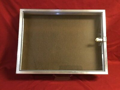 Aluminum Display Case End Opening 18 x 24 x 31/4 Knives Cards Gun Jewelry & More