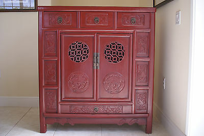 Qing Chinese Cabinet Red Lacquer Shanxi Elm Artist Storage