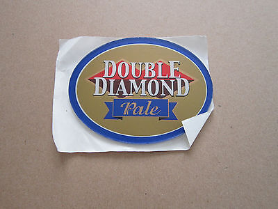 Double Diamond Pale Plastic Oval T Bar Pump Badge
