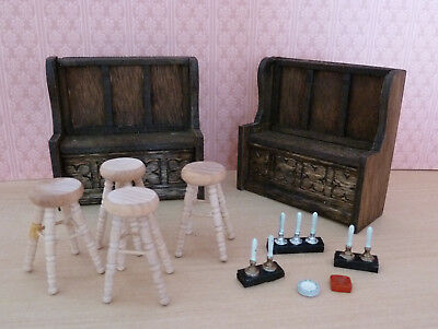 1:24/Half scale Dolls House: Collection of Pub/Bar Items: Seats, Stools, Pumps