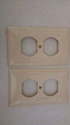 4 Vintage Ivory Color Sierra Art Deco Outlet Wall Plate Cover Ribbed Bakelite
