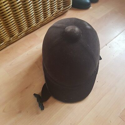 black youngs riders hat Charles and Owen size 6.5