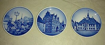 Royal Copenhagen Plates   Denmark Blue White Small
