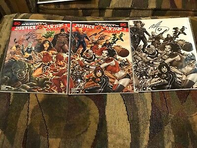 Justice League vs Suicide Squad #1 (February 2017, DC) Signed By Mark Brooks NM