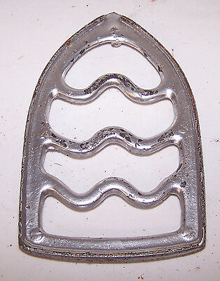 Antique Cast Iron TRIVET - Simple - Primitive