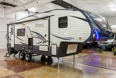 New 2018 255RKS Light Weight Lite Rear Kitchen 5th Fifth Wheel Never Used