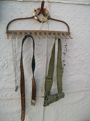 Wrought Iron Old Rake Great Hook - Hanging Collectibles Towel Rack Organizing