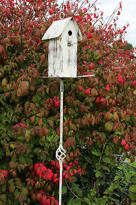 Rustic Vintage Metal Birdhouse Stake Yard Decor Backyard Bird Shelter