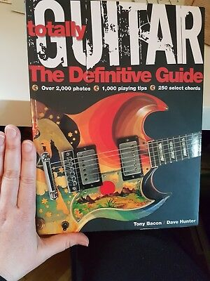 Totally Guitar: The Definitive Guide (2008, Taschenbuch)