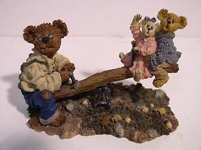 Boyds Bears Style 228350 Grandpa Bearkins with Molly & Jeff