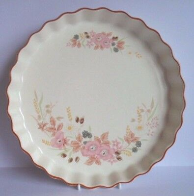 """Superb Boots Hedge Rose 10"""" Quiche / Flan Dish - Nice!"""