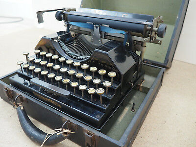 Antique Typewriter MOLLE 3 WORKS! écrire Schreibmaschine 打字机 macchina آلة كات
