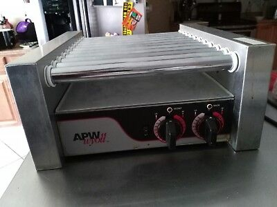 "APW Wyott HR-20 Hot Dog Roller Grill 13""W - Flat Top 120V"