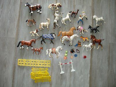Schleich Horses lot of 20 horses and others