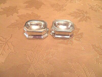 A Lot of 2 Antique British Sterling Silver Open Salt Sellers